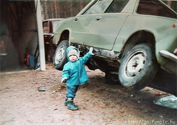 Baby Lifting Car
